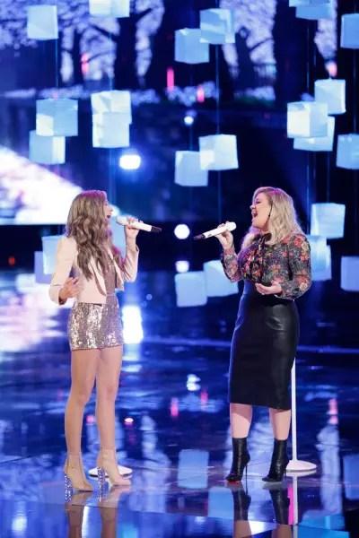Brynn Cartelli, Kelly Clarkson on The Voice
