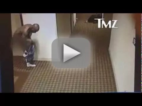 DMX Runs Naked Lap Around Hotel Just Because  The