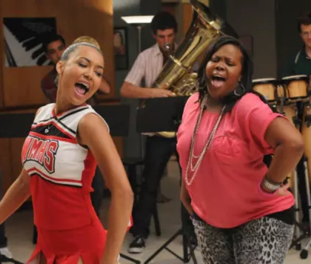 A Scene Featured High School Cheerleaders Brittany And Santana Talking Smooching In Bed And Referencing Their Experience With Scissoring