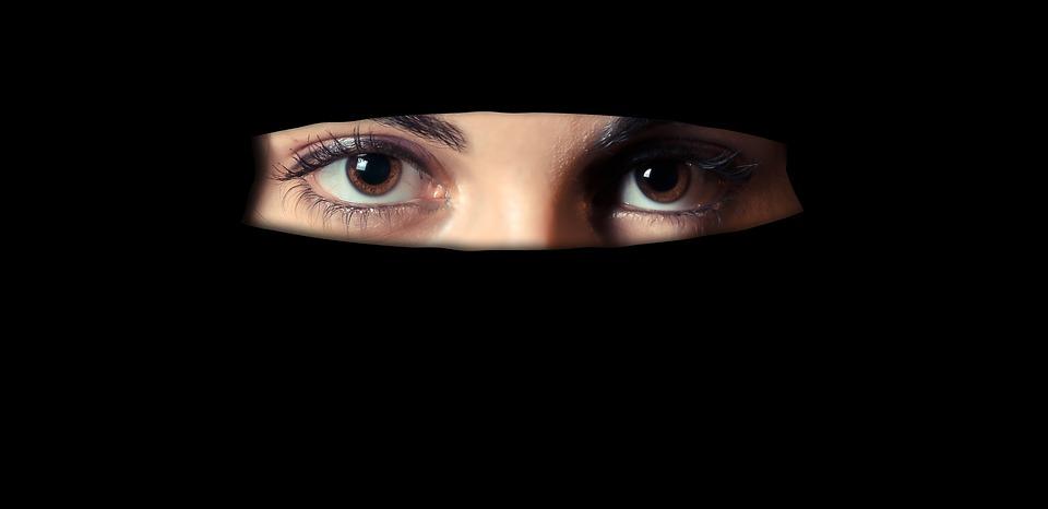 inkline_women_drivers_muslim