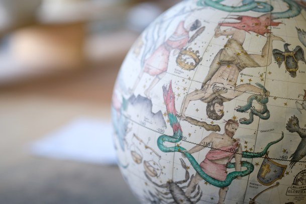 The company produces various types of globes. © Andy Lockley