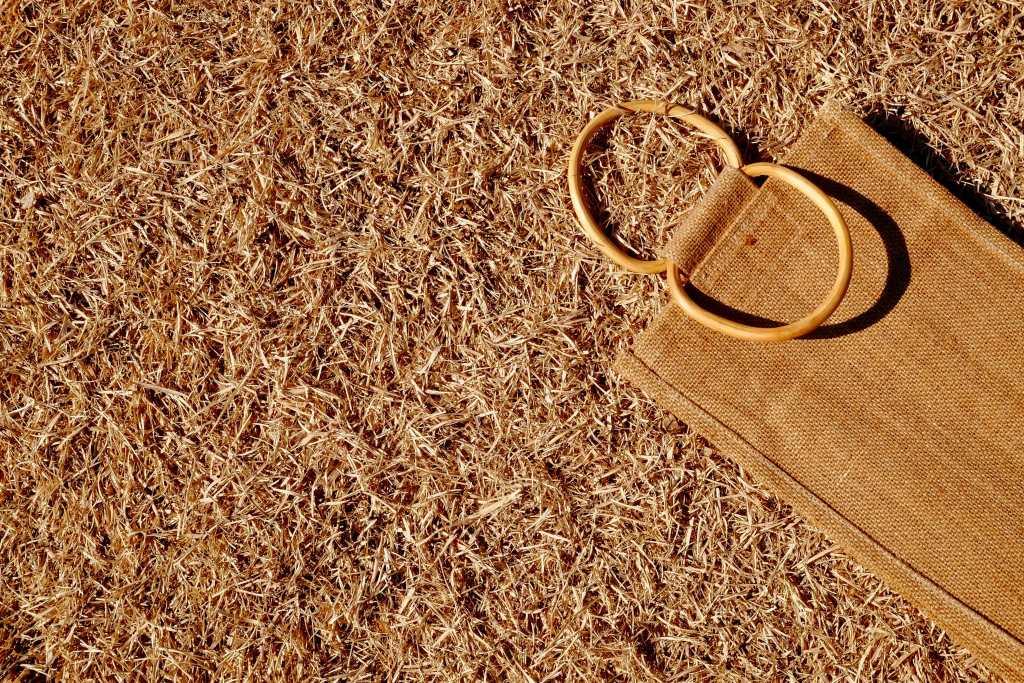 Golden fibre: an alternative for plastic?