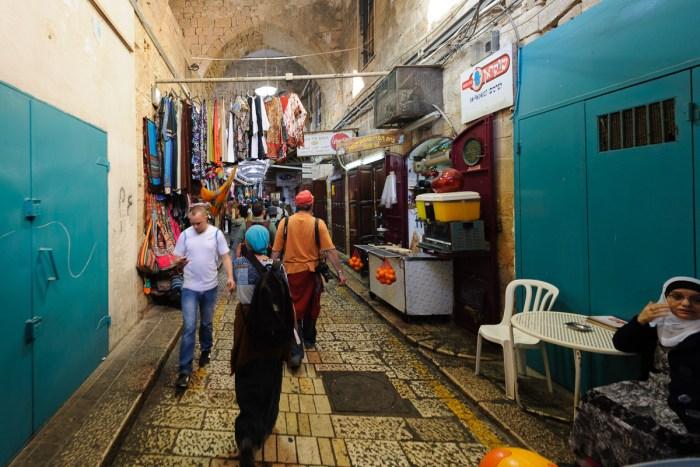 Marktstrasse und Basar in Akko