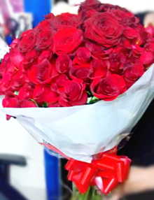 100-red-roses-bouquet-valentines-flowers-the-little-flower-shop