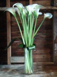 CALLA-LILIES-FLOWER-ARRANGEMENT-FLORAL-DISPLAY-THE-LITTLE-FLOWERSHOP-florist-london-tony-robbins-events-corporate-florist