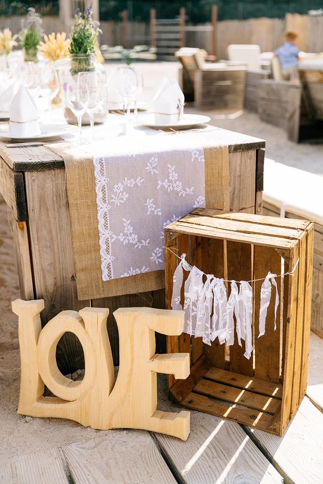 Wundervolle Boho Hochzeit mit liebevoller DIY Deko von