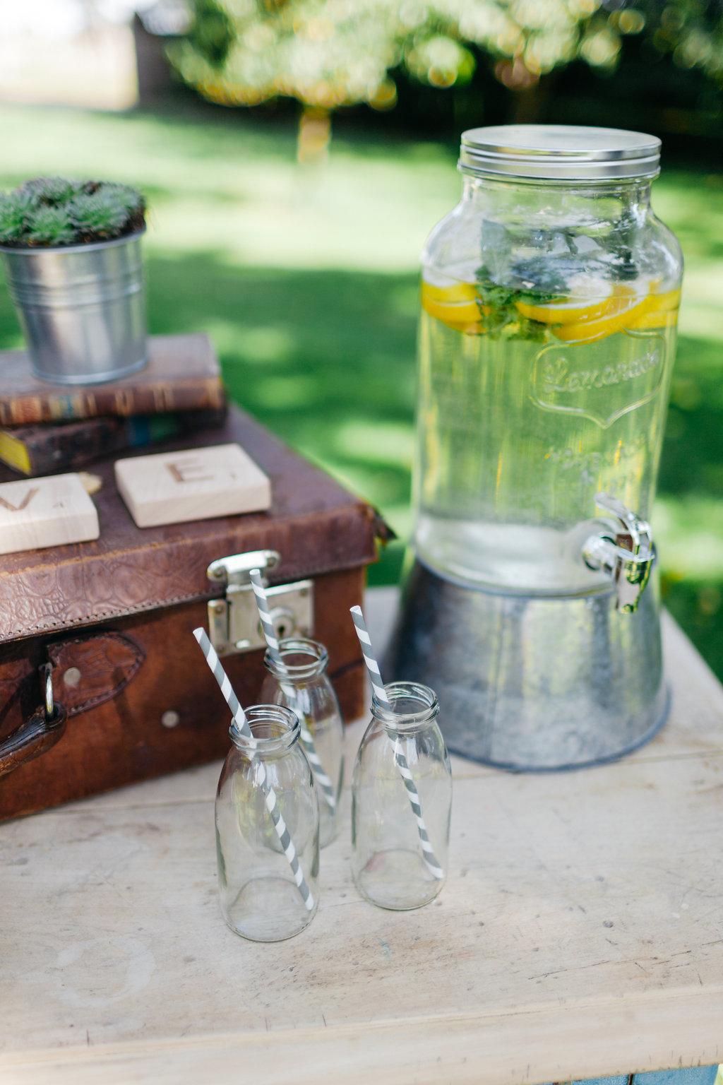 Hochzeitsdekoration leihen Von Vintage Geschirr ber