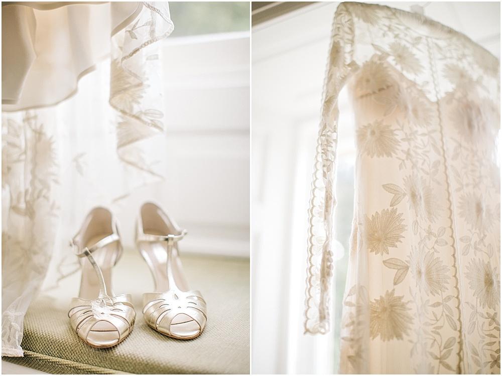 Brautschuche mit Glitzer und schicke flache Schuhe fr die Hochzeit  Hochzeitsblog The Little