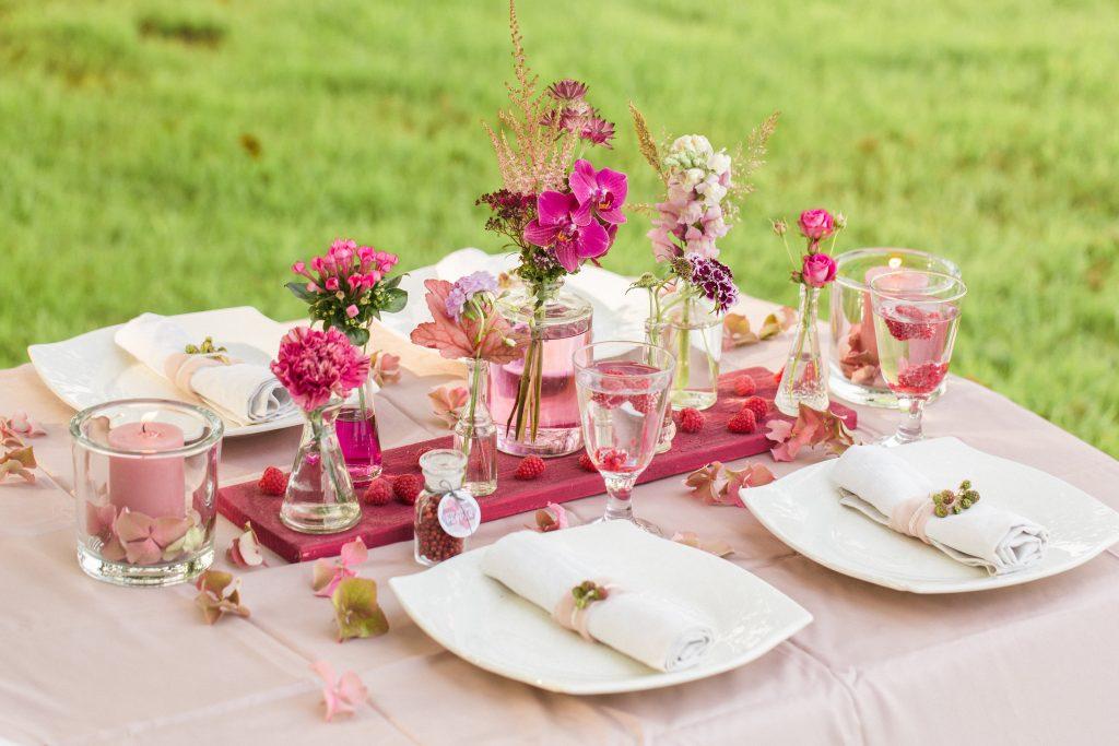 Tischdeko  Hochzeitsblog The Little Wedding Corner