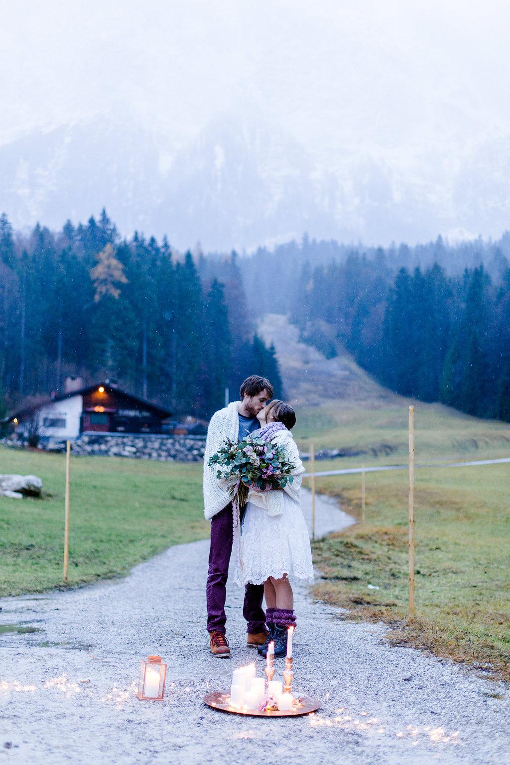 Winter Elopement auf der Zugspitze  Hochzeitsblog The