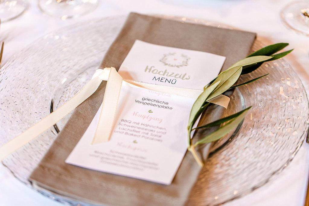 DeutschGriechische Hochzeit am Steinbachhof  Hochzeitsblog The Little Wedding Corner