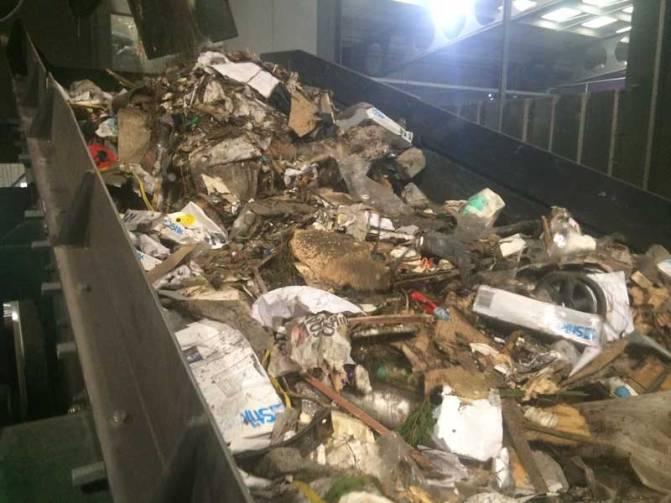 Waste Screens screening C&I Material