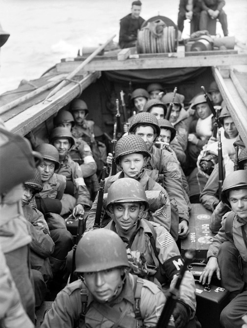 American troops during Operation Torch, November 1942. 30 AU accompanied this Allied landing on the North African coast, managing to retrieve crucial documents and codebooks from the Italian HQ outside Algiers.