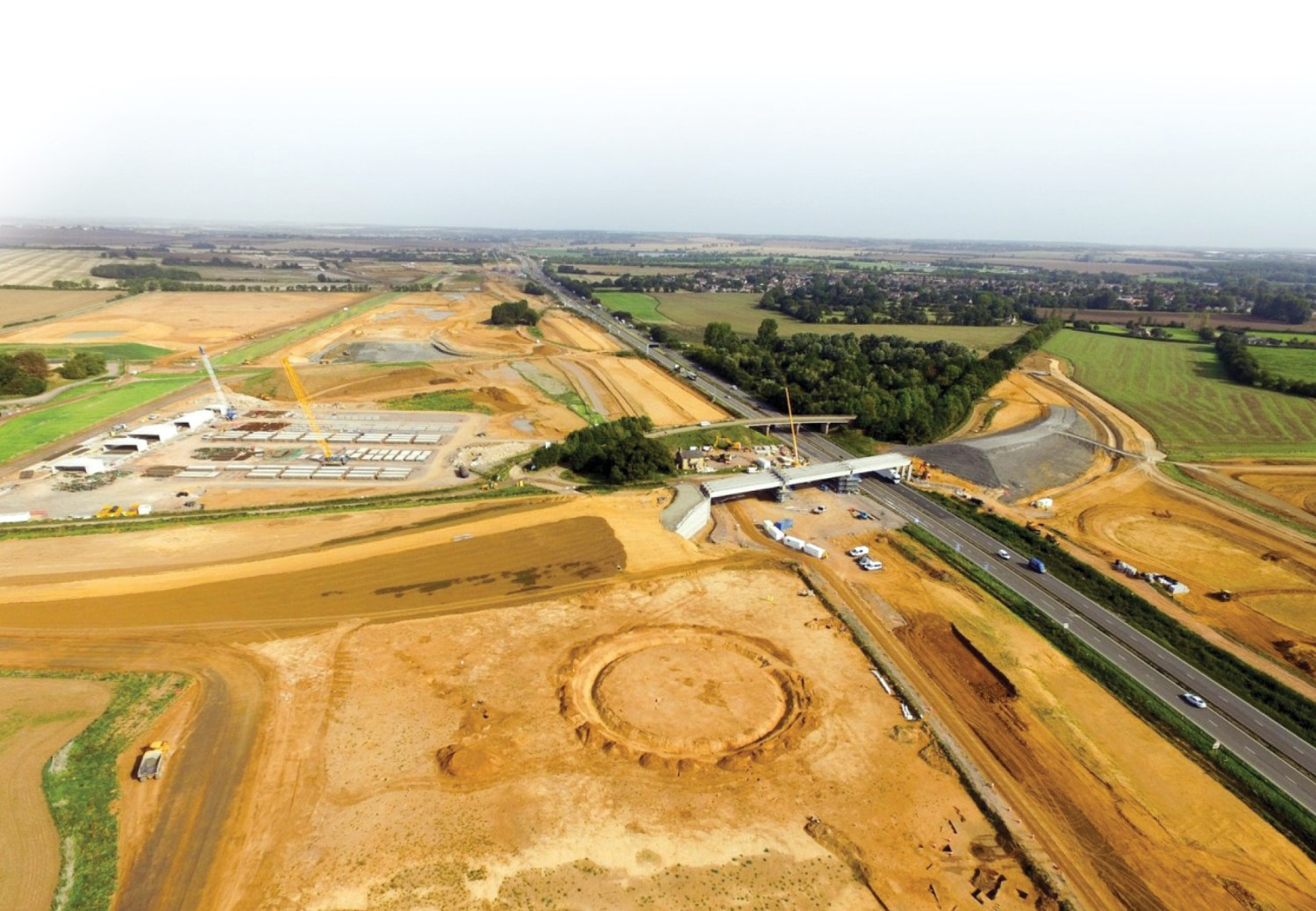 below Henges were the focus for one AoF project team. An example of these circular ditch-and-bank enclosures is shown under investigation in 2017 on the A14 Cambridge to Huntingdon Road Scheme (see CA 339 for more on this excavation).