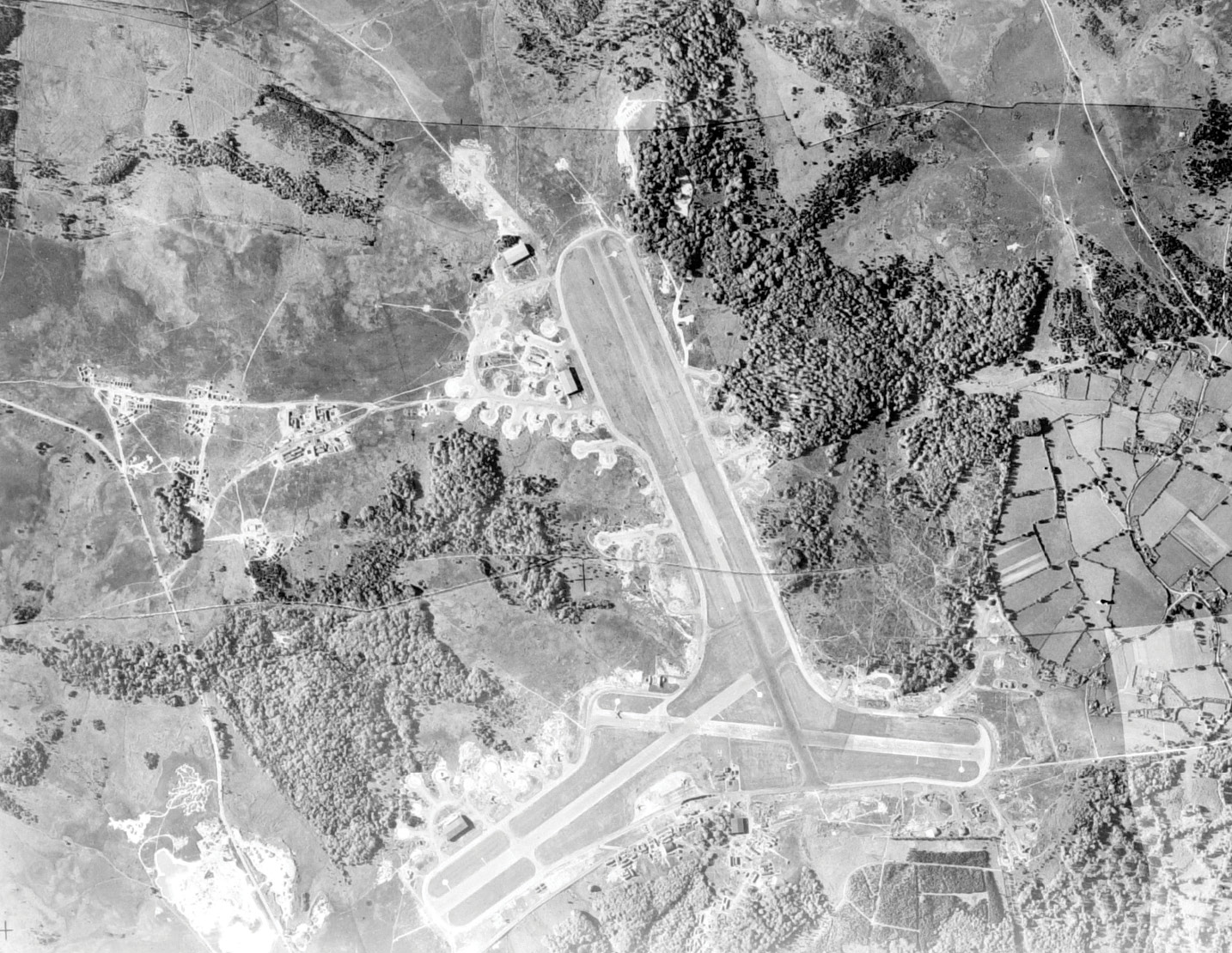 ABOVE This photograph of Stoney Cross in Hampshire shows the physical impact of a post-1943 airfield on the British landscape. Viewing these sites in their wider context, and as archaeological features as well as echoes of social and military history, greatly helps our understanding of them.