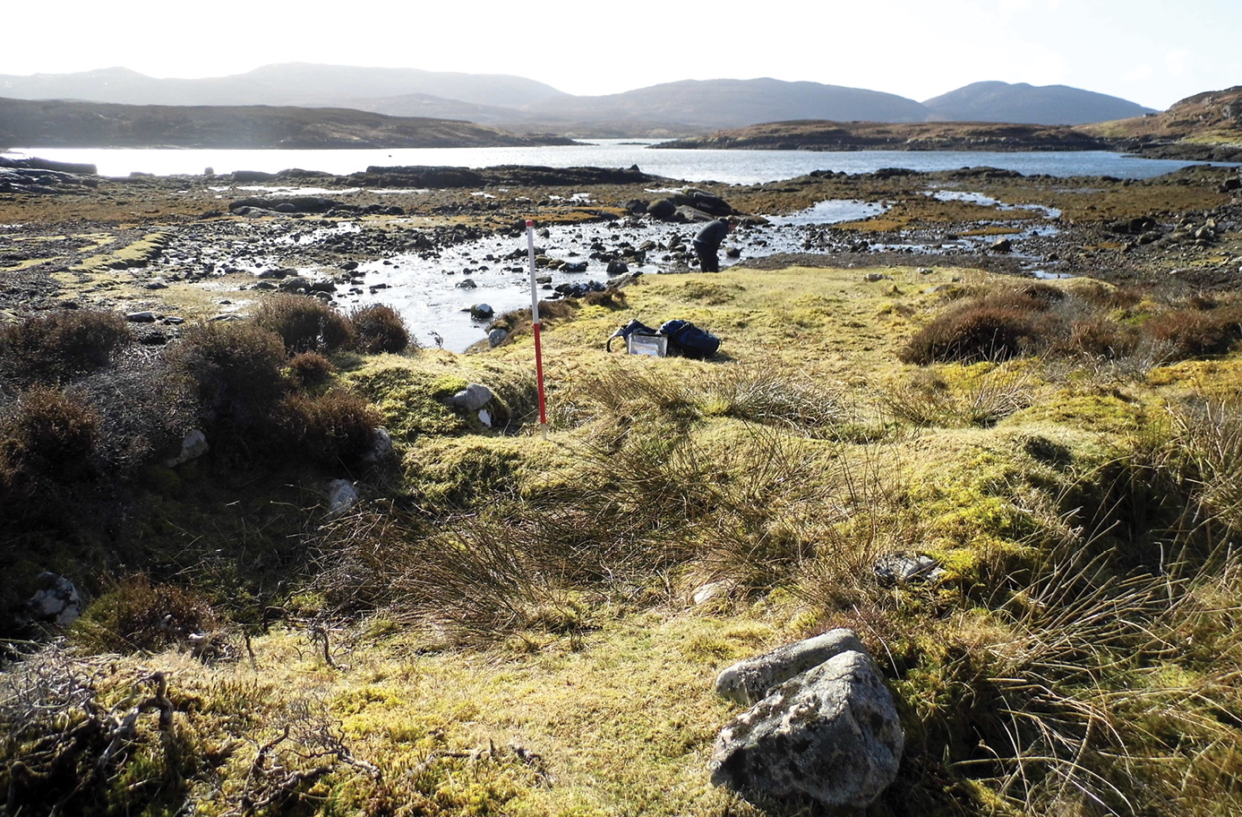ABOVE The home of a seasonal kelp worker at Allt Alisary. Lying remarkably close to the sea, it comprises a rectangular structure, with either a small 'porch', or perhaps a lean-to or storage area on its western edge. A tiny patch of feannagan (cultivation ridge) lies on the shore.