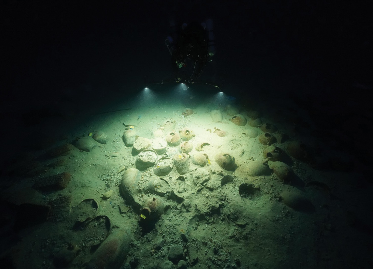 LEFT The value of illuminating the wreck site is clearly illustrated by this image, showing some of the amphorae among its cargo.