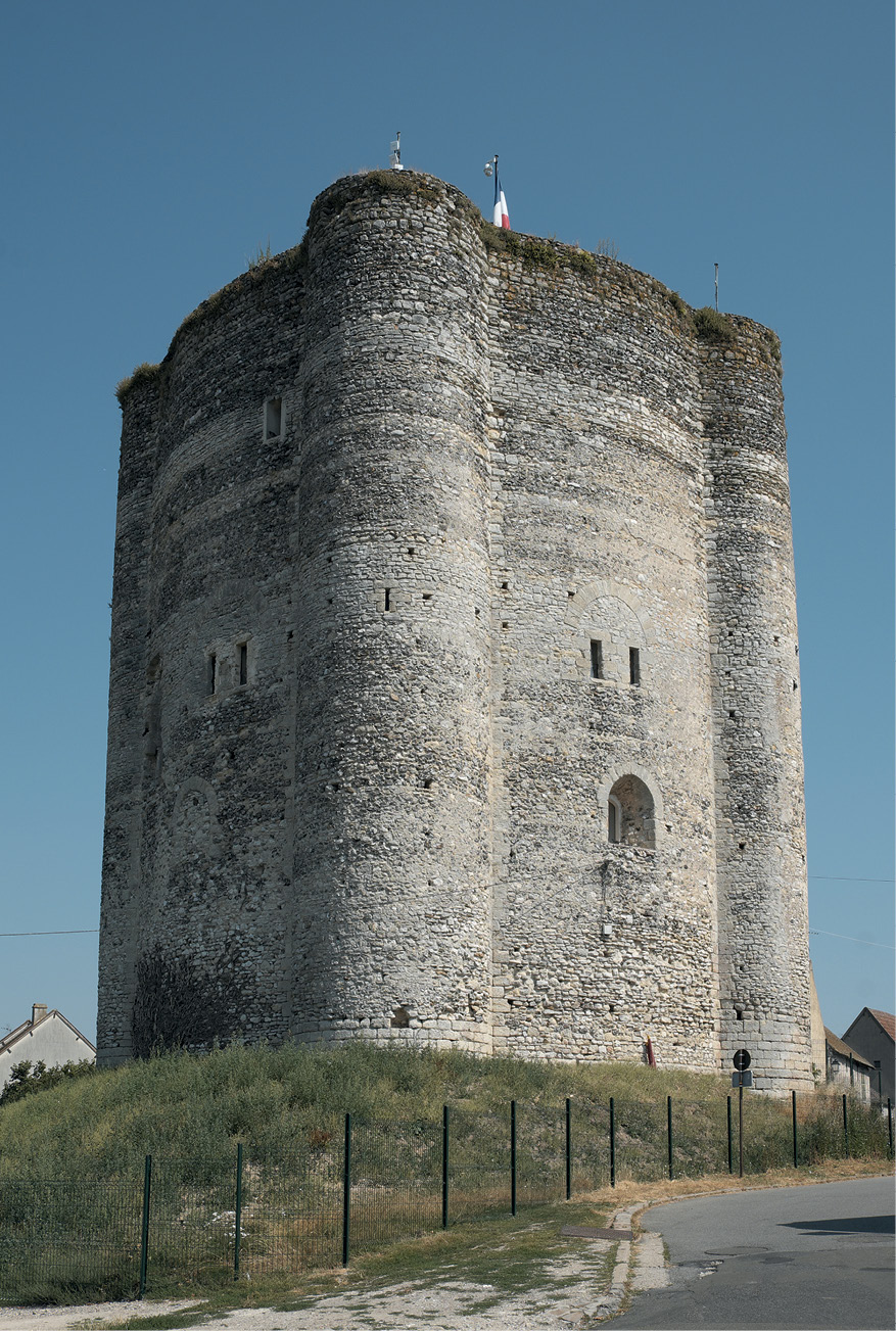 right The keep at Houdan, in the Île-de-France, built between 1120 and 1137, with its four turrets. This might have been the inspiration for the Longtown keep, with its three turrets.