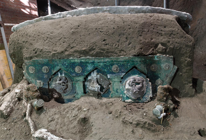 Ceremonial chariot found in Pompeii