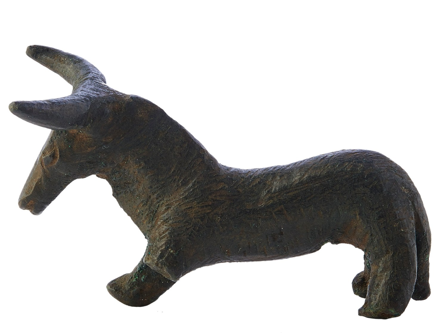 above Bull from the cave sanctuaries of Sierra Morena (Jaén). 4th-2nd century BC, bronze. Size: 4cm high