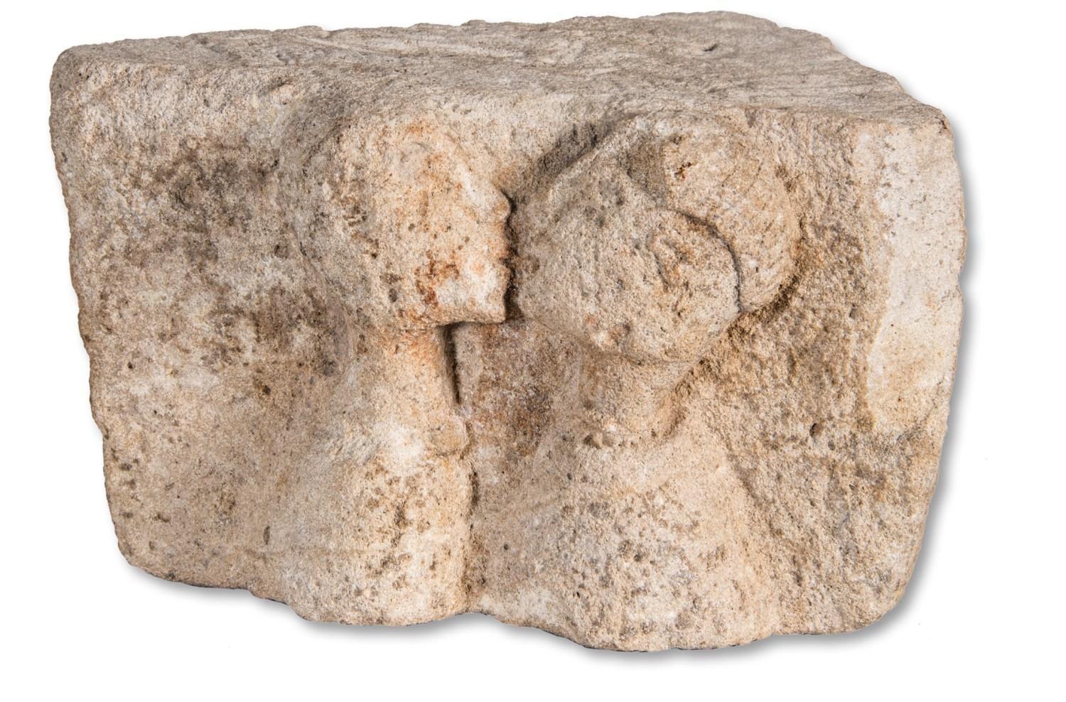 above The Kiss, from Osuna (Seville). 1st century BC, limestone. Size: 13.5 x 24 x 30cm opposite Pablo Picasso, Le Baiser ('The Kiss'). Dinard, 25 August 1929, oil on canvas. Size: 22 x 14cm