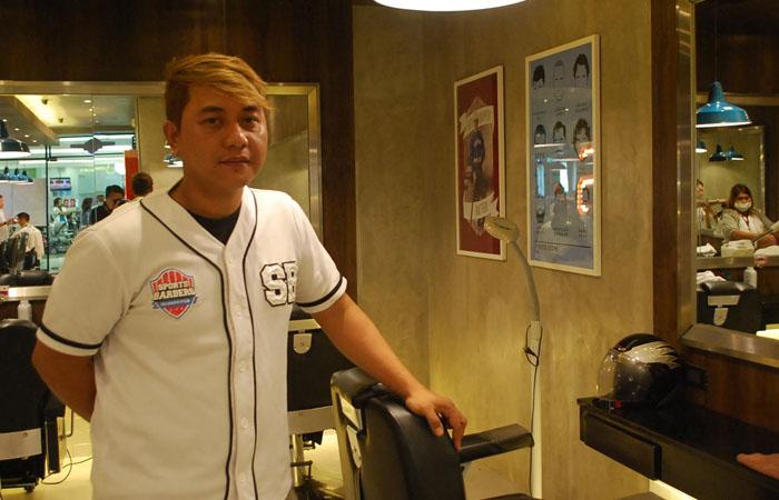 max sports barbers sm
