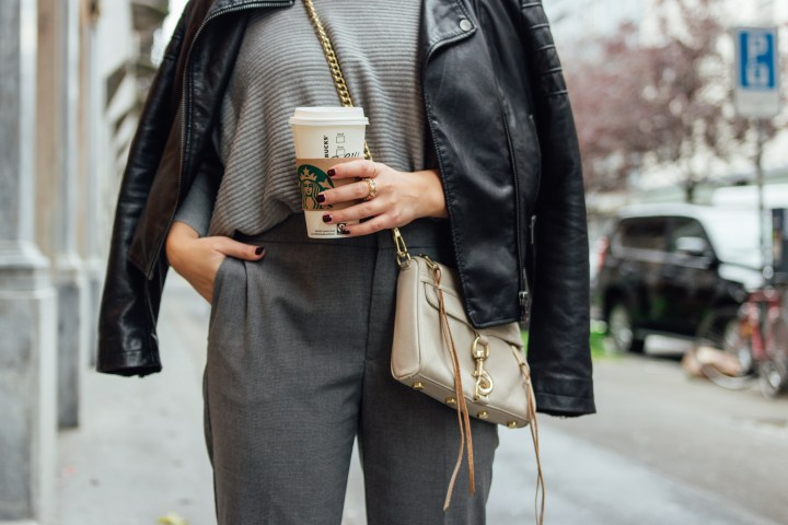 November grey outfit streetstyle look from Swiss Fashionblogger