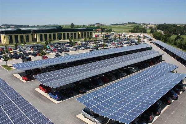 Solar carports have a double benefit: generating renewable energy and reducing the island heat effect (photo: CleanTechnica)