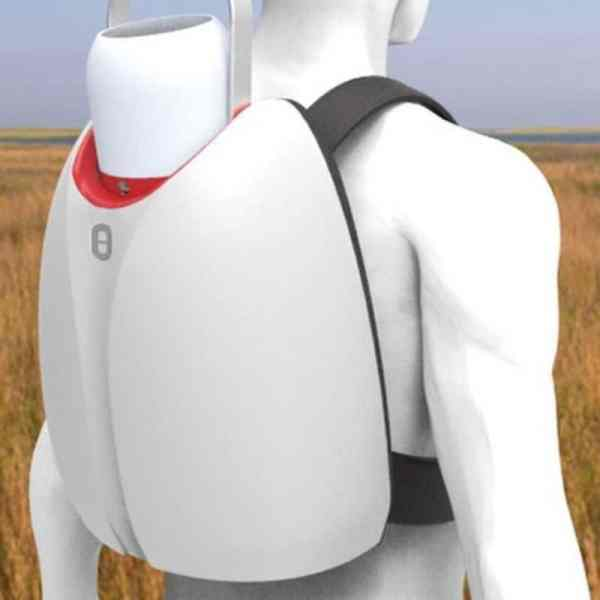 The Isobar consists of a backpack to store the vaccins, and a removable cooling unit (photo: University of Loughborough)