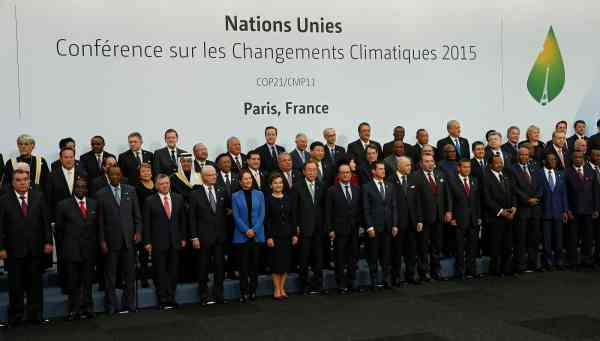 World leaders at COP21 (photo: euronews.eu)