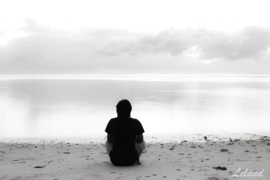 Quit my job and travel, alone, lost, thinking, solo girl