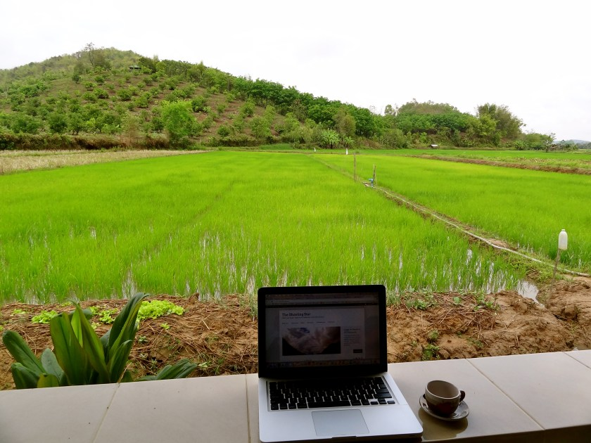 working holiday, digital nomad, solo female traveller