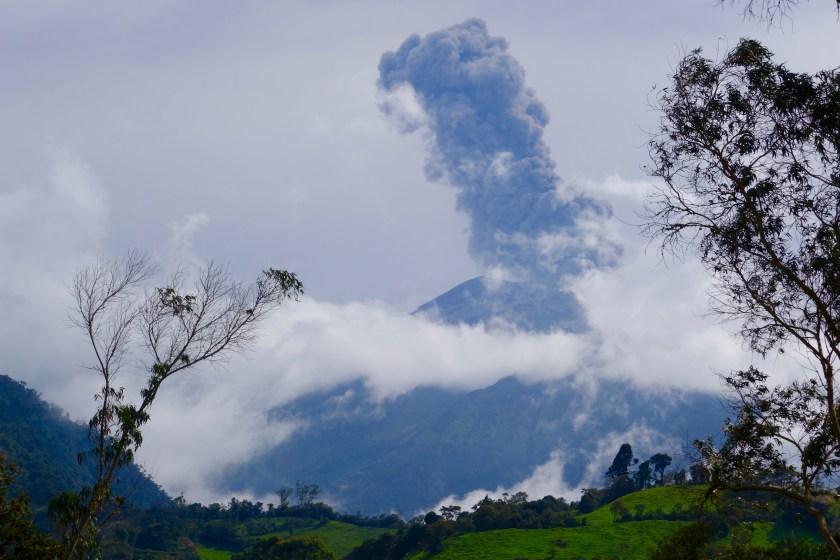 volcano tungurahua Baños, volcano eruption banos, tungurahua eruption