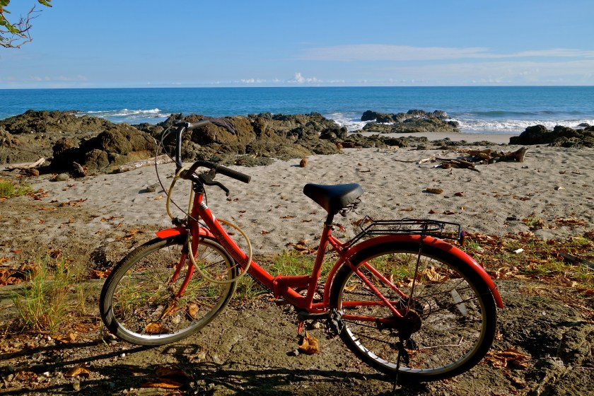 solo travel costa rica, real travel stories, is central america safe to travel
