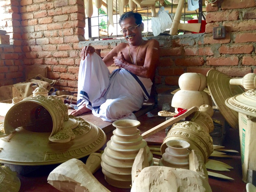 kerala craftsmen, kerala kathakali accessories, kerala culture, nila river, river nila kerala