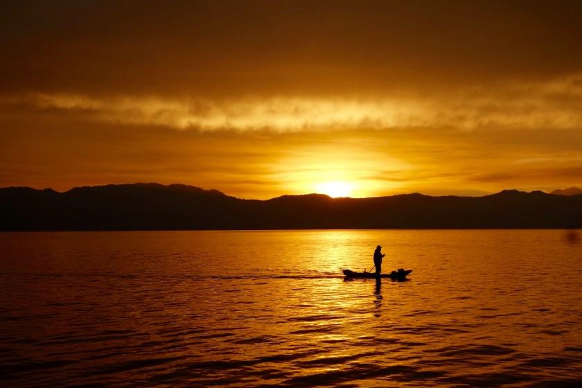 sunrise lake atitlan, lago de atitlan, things to do in guatemala