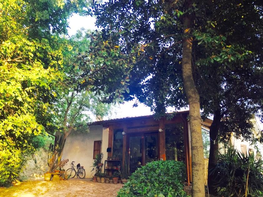 umbria italy airbnb, italian culture, live with italians