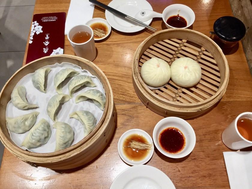 din tai fung singapore, singapore vegan food, vegan dumplings singapore, vegetarian food singapore