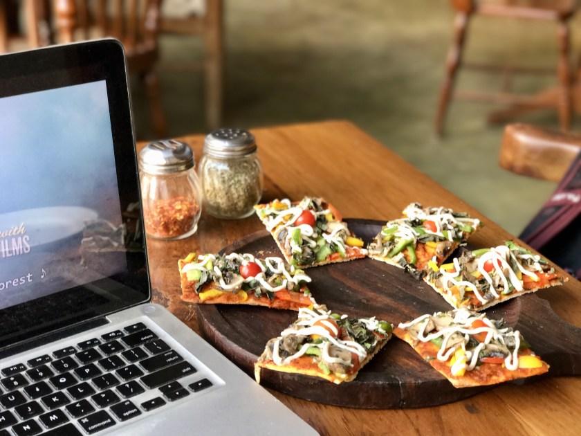 birdsong cafe, vegan pizza