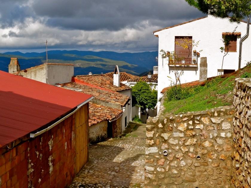 offbeat places in spain, segura de la sierra, offbeat places in europe
