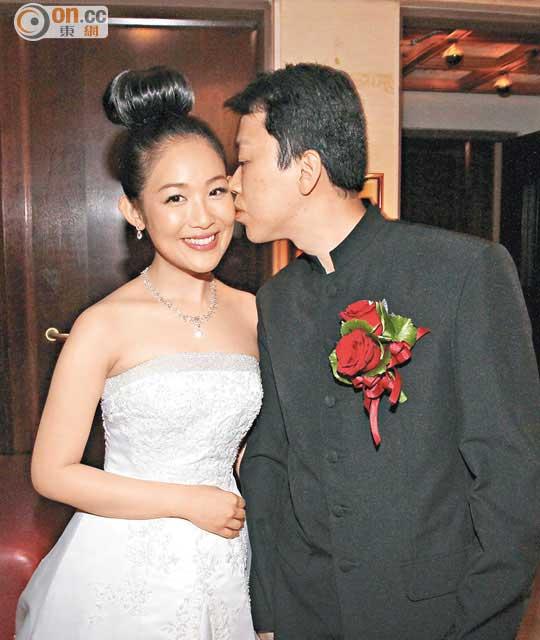 陳逸寧結婚囝囝接新娘 - 太陽報