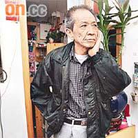 居民朱先生指無牌小販不但影響治安,還造成嚴重噪音,影響居民生活。