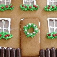 Gingerbread Door & Gingerbread Door Decorations