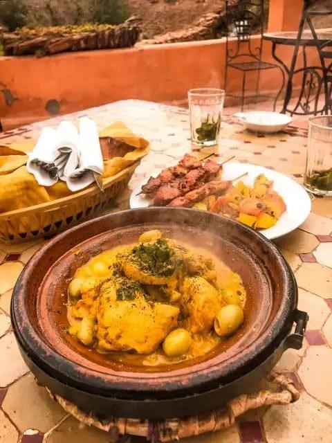 tajine - moroccan typical dish