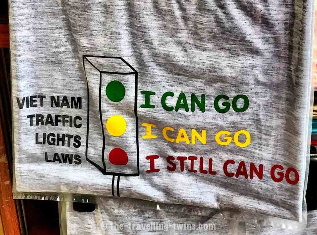 Vietnamese t-shirt with traffic light