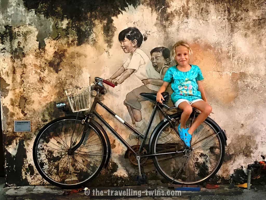 where is penang,  ernest zacharevic,  penang street art map,  chew jetty penang,  penang art street map