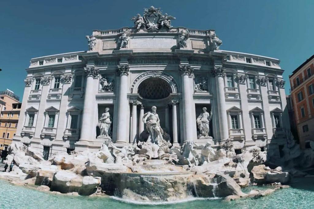 Trevi Fountain – Rome Italy