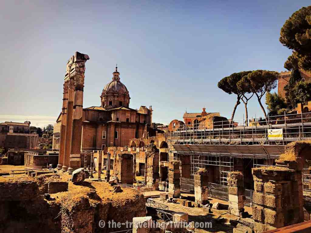 Forum Romanum best to see it with guided tour