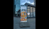 "<h5>Potsdamer Platz</h5><p>Potsdamer Platz (2/2) © courtesy by <a href=""http://instagram.com/anton.hofstetter"" target=""_blank"">Anton Hofstetter</a><br>Datum der Aufnahme: 2018                                                                                                                                                         </p>"