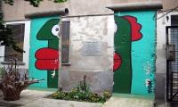 """<h5>Rosenthaler Straße</h5><p>Rosenthaler Straße © <a href=""""http://galerie-noir.de"""" target=""""_blank"""">Thierry Noir</a> <br>Datum der Aufnahme: unbekannt                                                                                                                                                                                                                                                                                                                                                                                                                        </p>"""